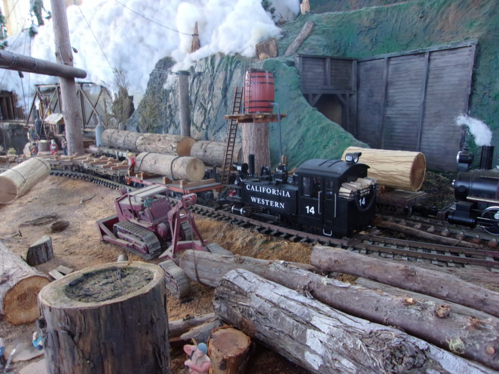 CWR #14 at work in the Caspar Lumber Co loading area